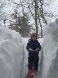 Look at my snow tunnel!