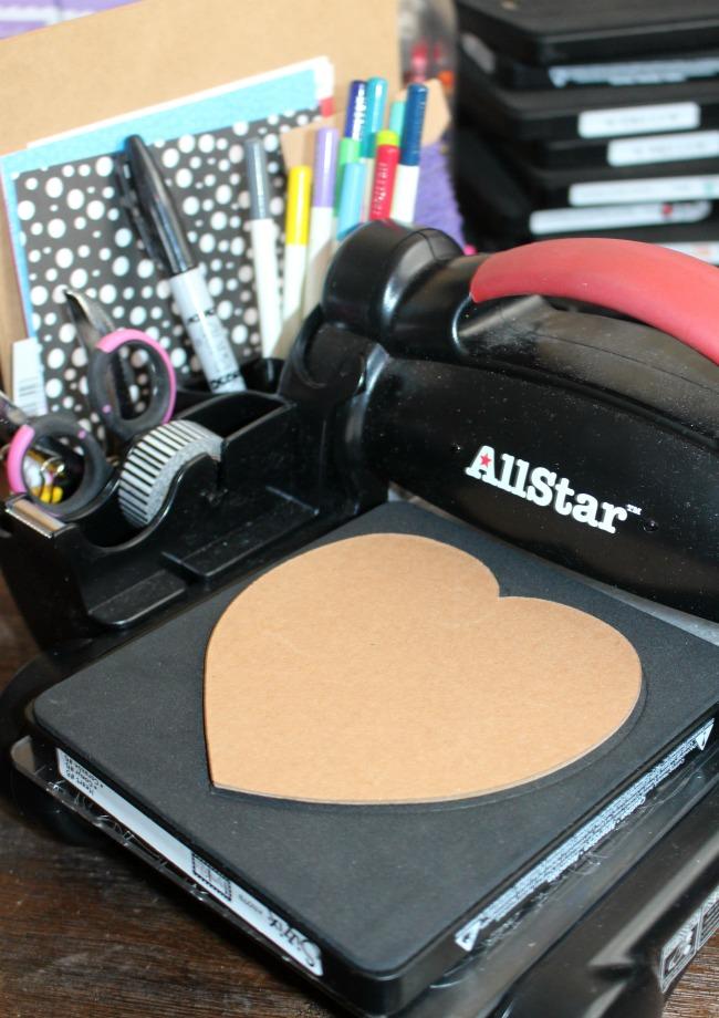 Ellison Heart Chipboard