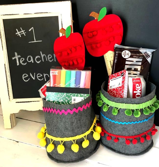 DIY Felt Teacher Container With Apple Wand