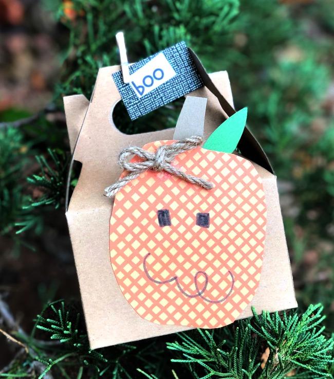 The BEST Halloween Treat Box DIY Pumpkin Gift Box Ever