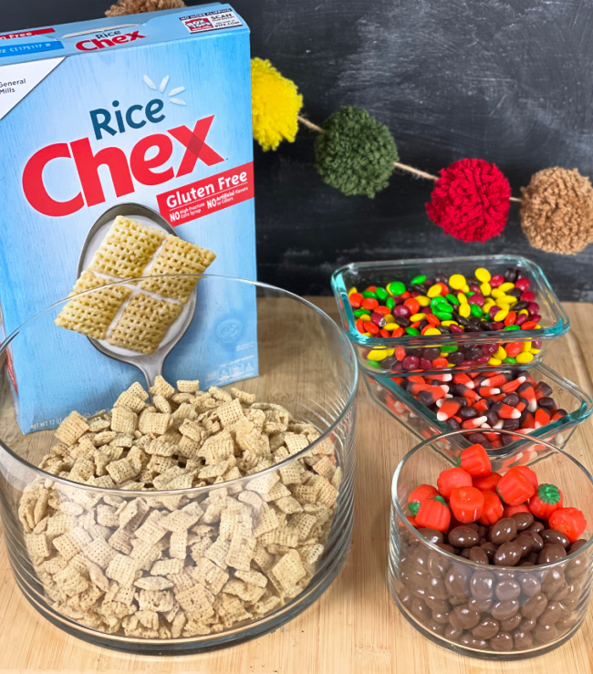 Scarecrow Munch Mix Ingredient Chex Mix Cereal