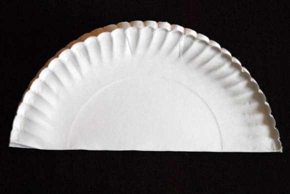 1-#paper plate crown #cubbies bear hug 10 #AWANA crafts-004