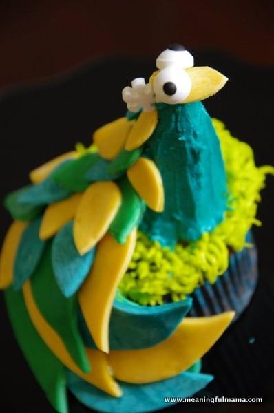 1-#peacock cupcake decorting Feb 7, 2014 2-015