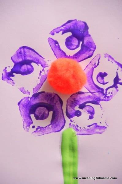 1-Egg Carton Flower Print Craft Apr 26, 2014, 11-043