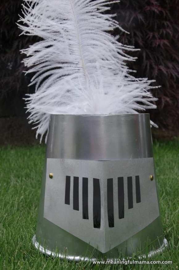 1-diy knight helmet popcorn container May 29, 2014, 1-046