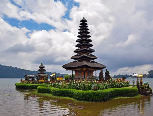 Longhaul holiday Bali temple