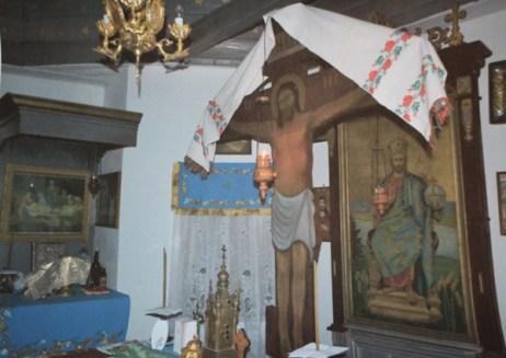Cele trei ipostaze ale Mântuitorului: Răstignirea, Punerea în Mormânt, Iisus Hristos Mare Arhiereu