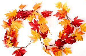 fall-maple-leaf-garland
