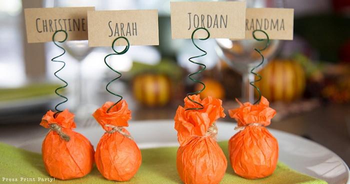mini-pumpkin-placecard-holder