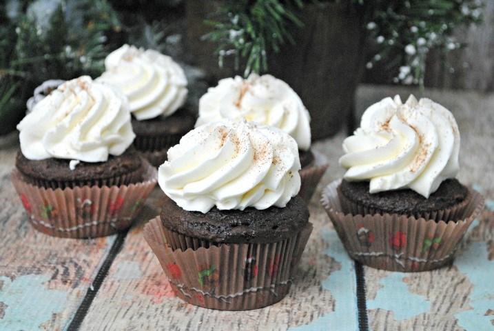 chocolate-eggnog-cupcakes