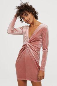 v-neck-dress