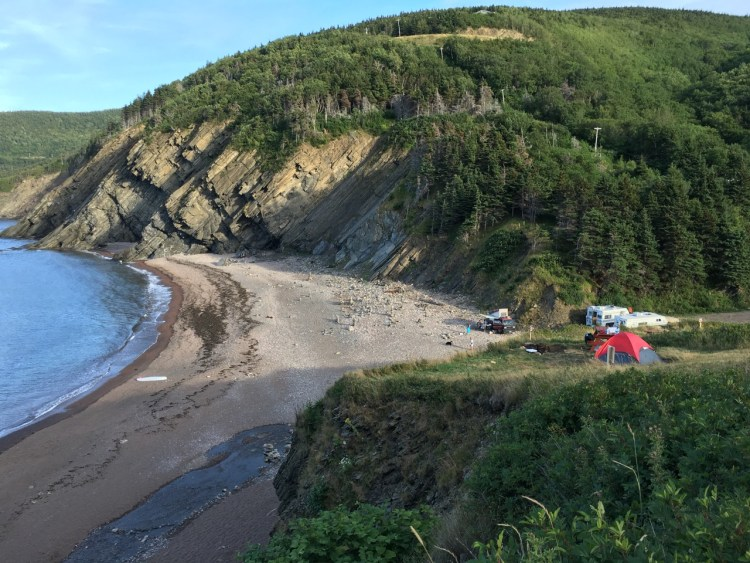 beach-at-meat-cove-campground