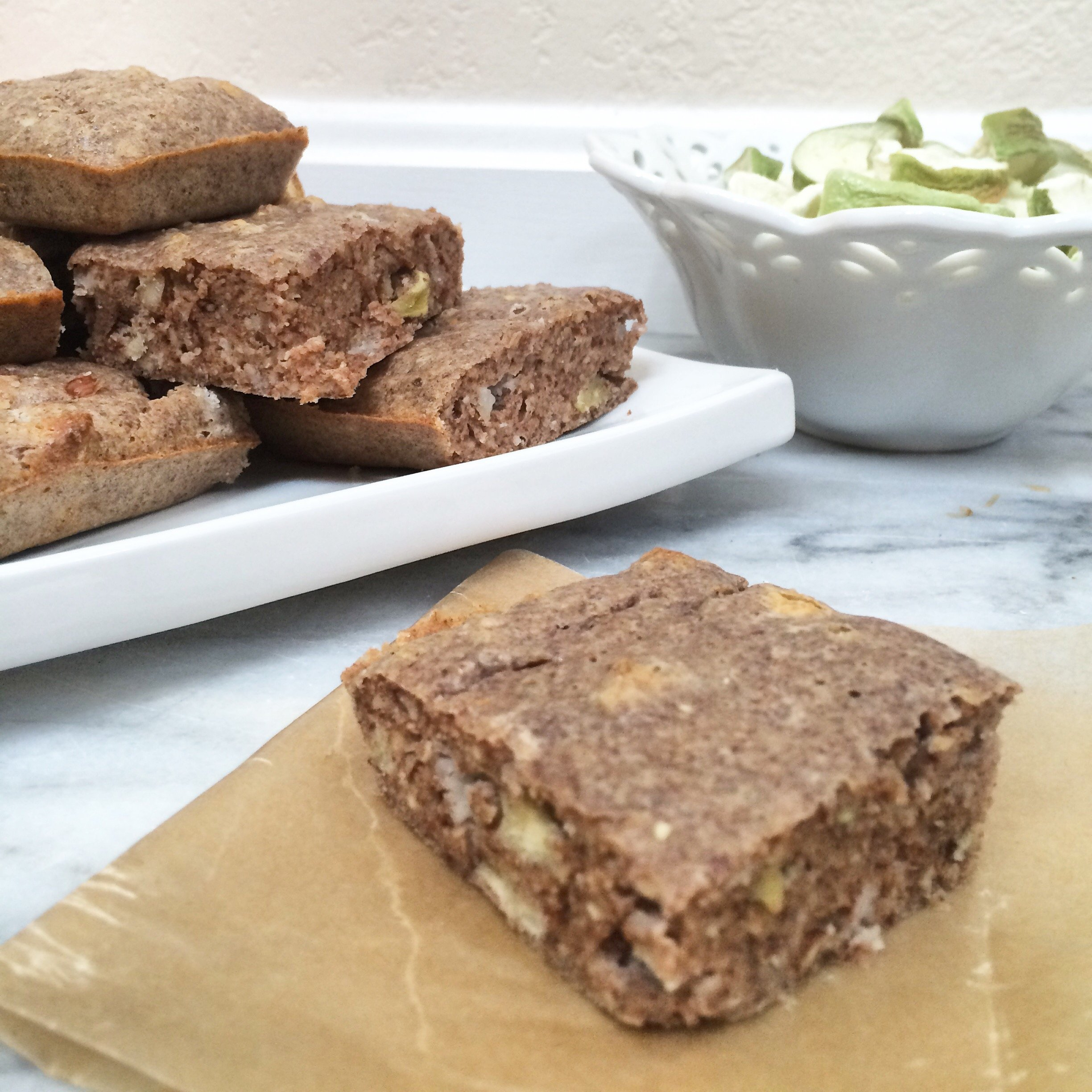 Low Carb Apple Cinnamon Breakfast Bars