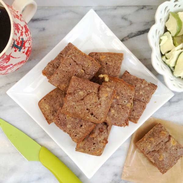 Low Carb Apple Cinnamon Breakfast Bars | Keto, LCHF and super delicious