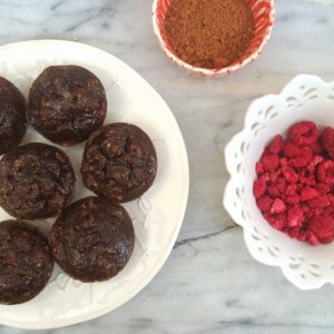 Low Carb Raspberry Brownie Muffins | Sugar free, keto, grain free, gluten free, LCHF, paleo