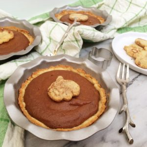 Mini Low Carb Peanut Butter Pumpkin Pies | A delicious and adorable LCHF Thanksgiving treat!
