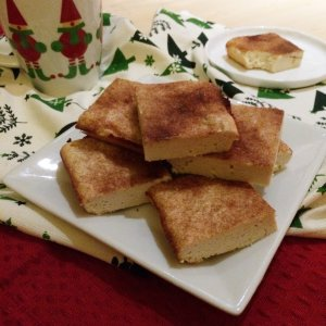 Low Carb Eggnog Latte Breakfast Bars   tasty and delicious keto breakfast treats!