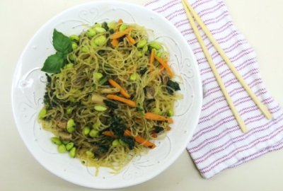 Low Carb Vegan Keto Lo Mein - A healthy, gluten free alternative to takeout!
