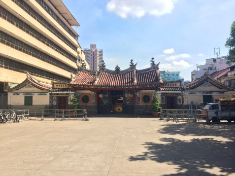 Entrance to the pagoda