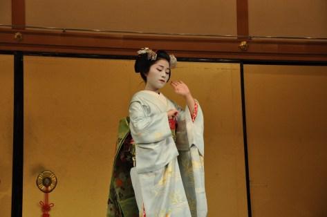 The Geisha dancing