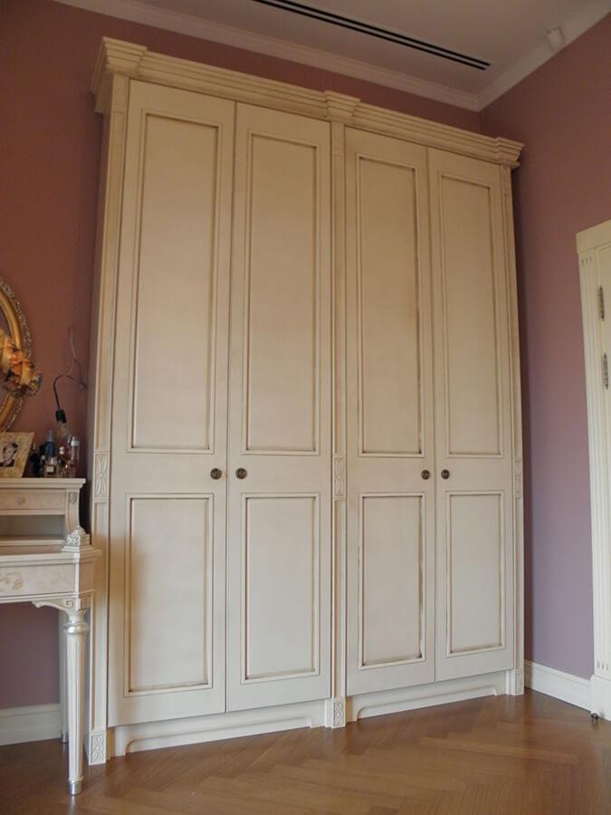 распашной шкаф в стиле прованс