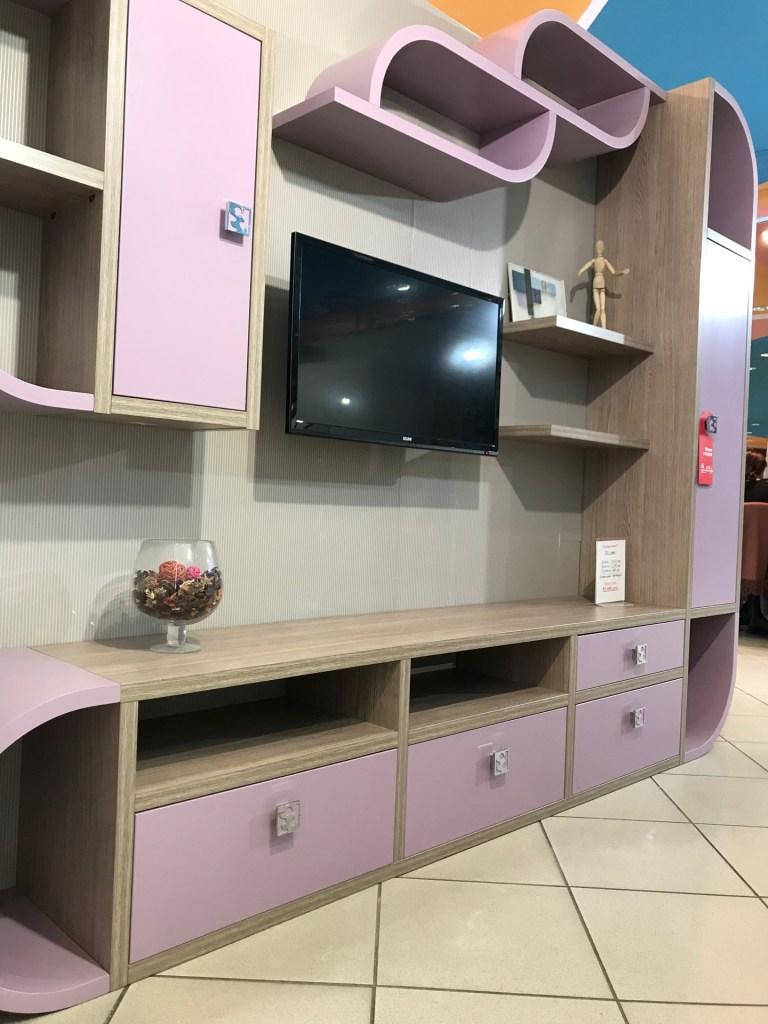 Распродажа мебели в Люберцах Тв тумба в гостиную или в детскую