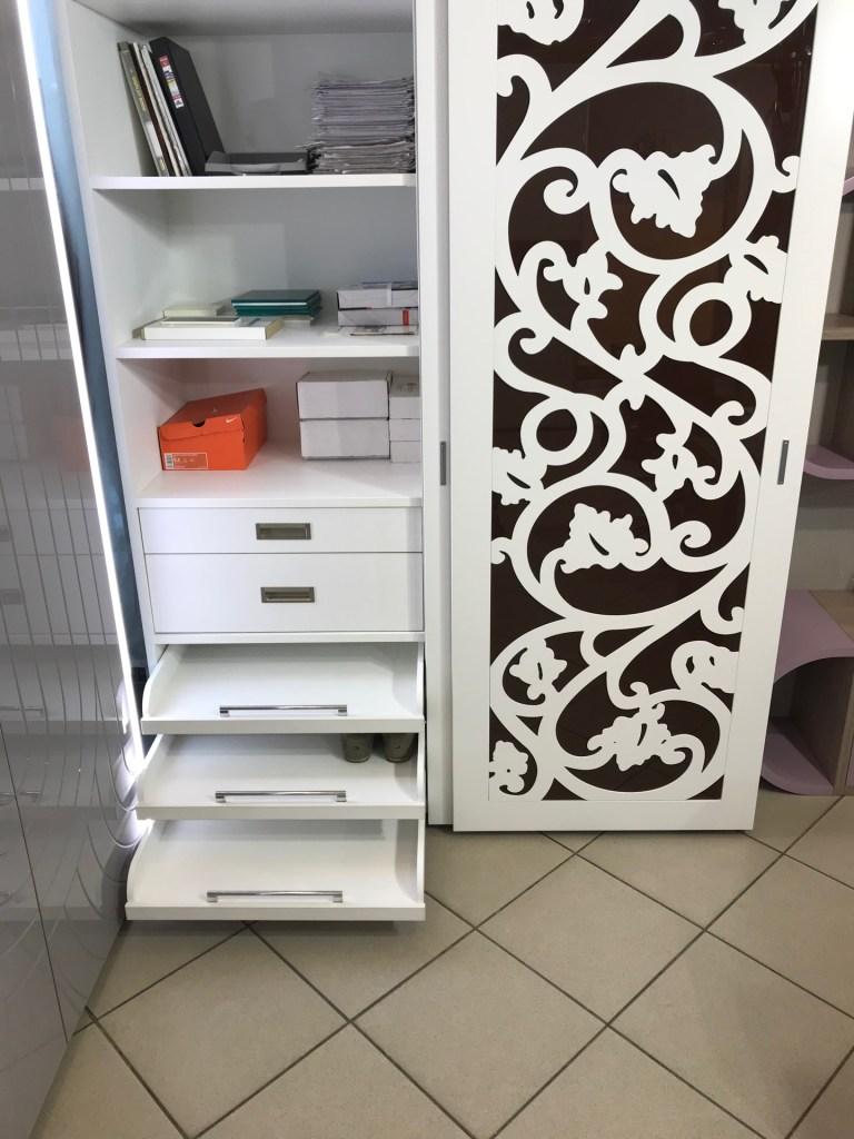 Шкаф белый с фрезеровкой IMG_3609 Распродажа мебели в Люберцах