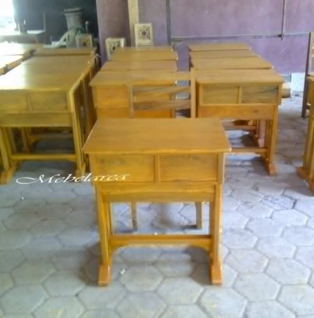 meja-belajar-sekolah-modern-kayu-jati