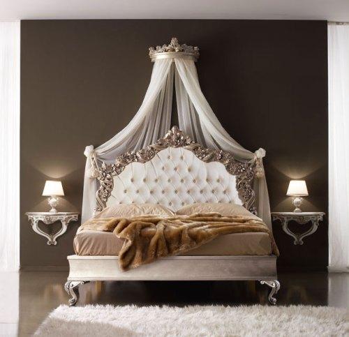 Кровать 180*200 (отделка серебром)