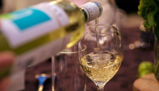 白ワインの代用に赤ワインは使える?ハンバーグやパスタなどの料理を作る時必見!