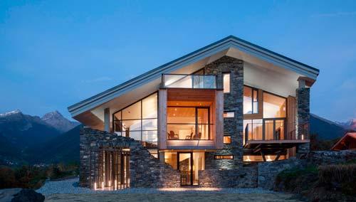 Современный загородный дом не может обойтись без электричества