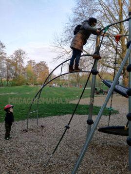 antek y avoa en el parque