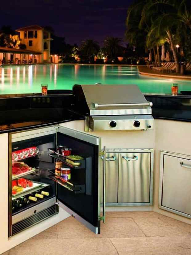 Cool Appliances Are Key In Outdoor Kitchens Mecc Interiors Inc