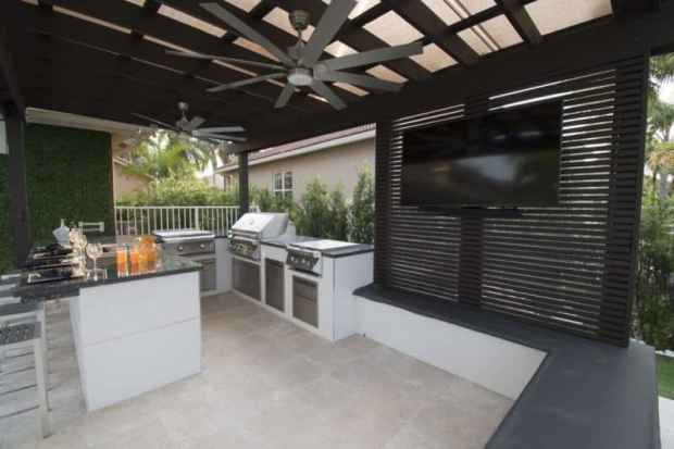 great outdoor kitchens to make summer cooking a breeze   @meccinteriors   design bites