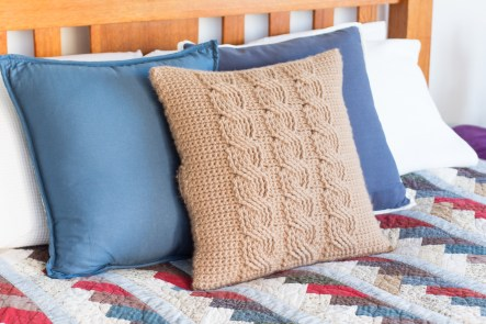 3 Recommended Designs of Crochet Patterns for Pillow Covers Cable Pillow Cover Free Crochet Pattern Craft Ideas For Adults And
