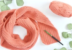 Crochet Infinity Scarf Free Pattern  How To Crochet A Scarf For Beginners