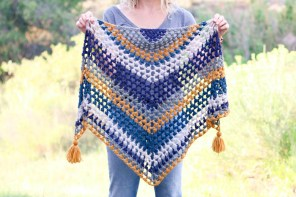 Crochet Muffler Pattern The Revival Crochet Triangle Scarf Free Pattern And Video Tutorial