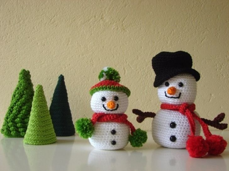 Crochet Pattern For Snowman Snowmen And Trees Crochet Pattern