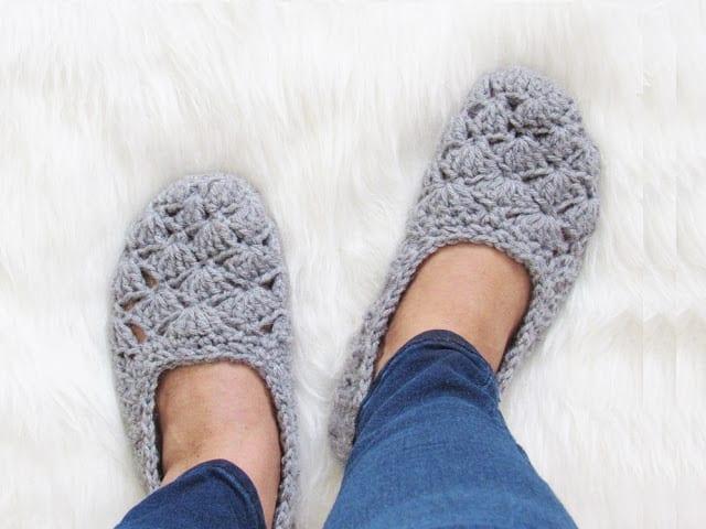 How To Make A Crochet Pattern Free Crochet Slipper Pattern Very Easy Crochet Dreamz