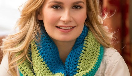 Infinity Scarf Crochet Pattern Easy  10 Free Infinity Scarf Crochet Patterns Https10awesome