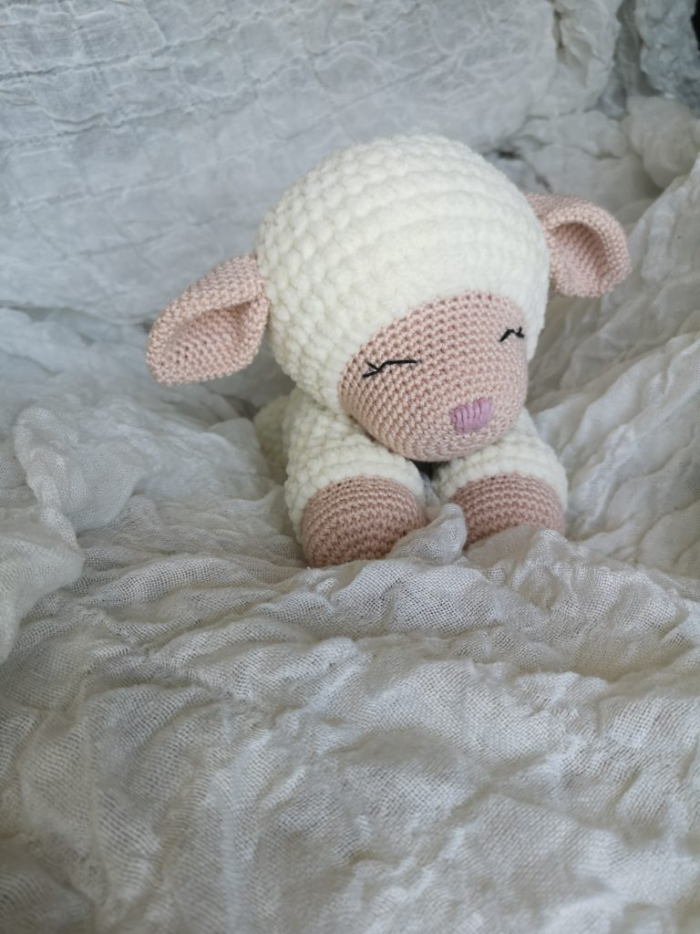The Sweetest Crochet Lamb Patterns for Free Little Mary Lamb Lovey Free Crochet Pattern Swecraftcorner