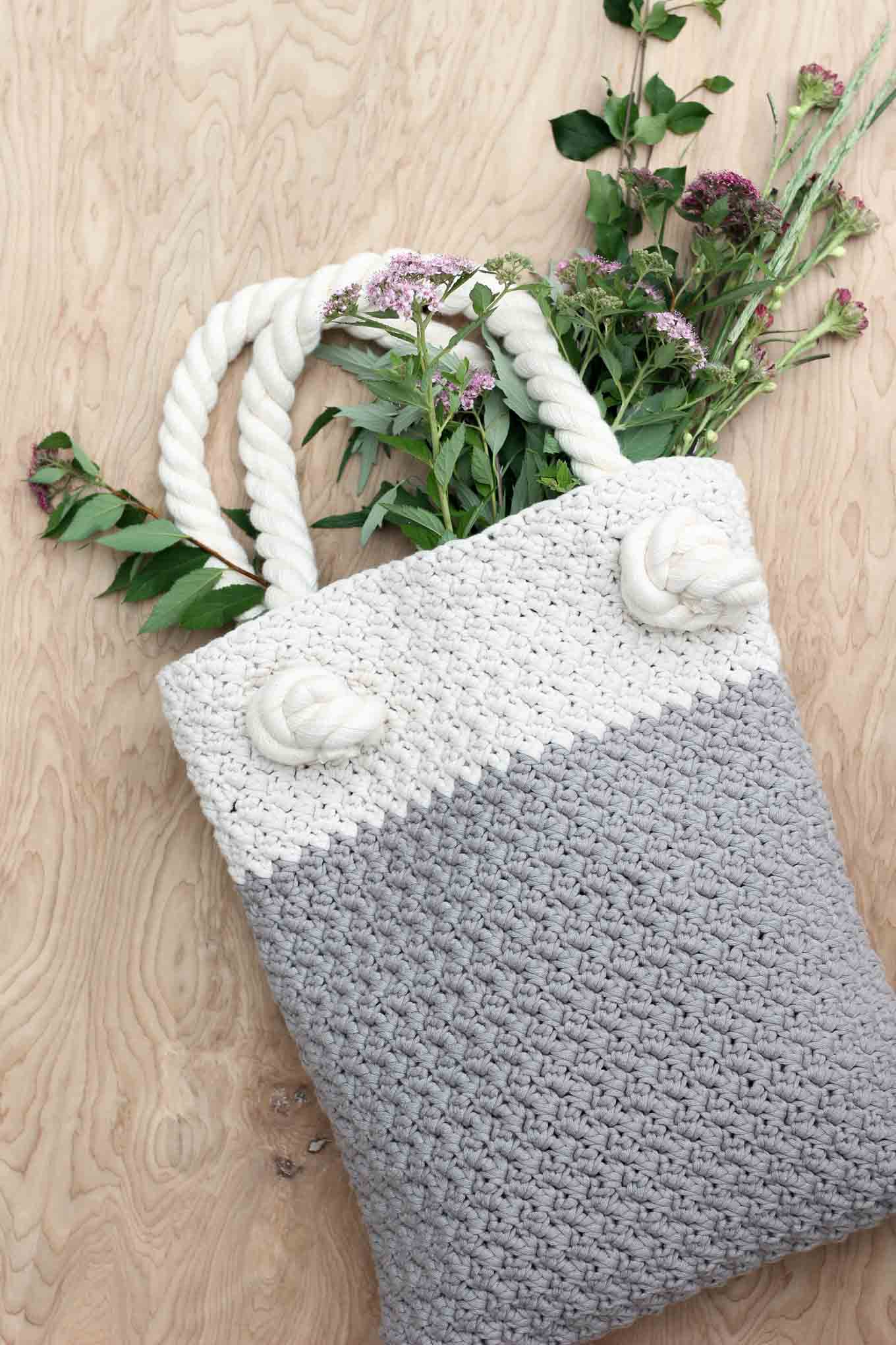 Tote Bag Patterns and Ideas that You Will Adore Easy Modern Free Crochet Bag Pattern For Beginners