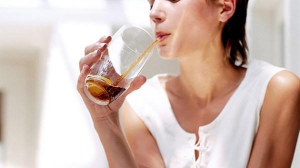 Phụ nữ mang thai có nên uống nước ngọt có ga không?