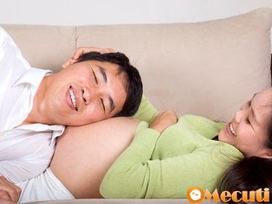 4 bí quyết hay giúp vun đắp tình cảm vợ chồng khi mang thai-phần 1