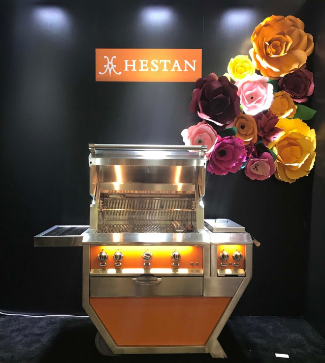 HESTAN GRILLE IN ORANGE