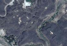 Struktur misterius di Arab Saudi yang menyerupai gerbang.(Google Earth)