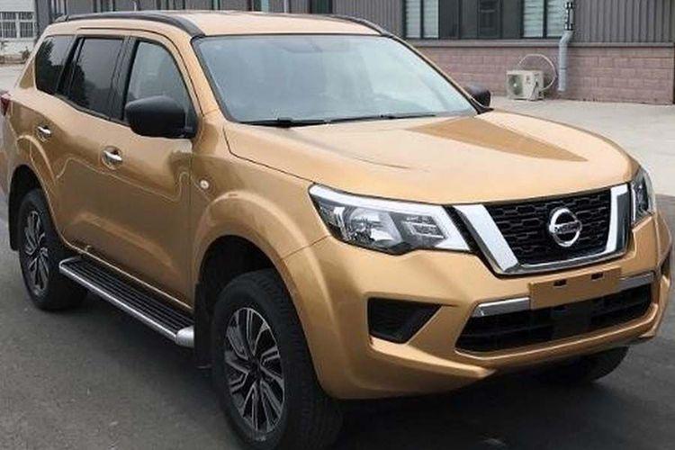 Nissan Terra berbasis pikap Navara tepergok kamera di China. (motorauthority.com)