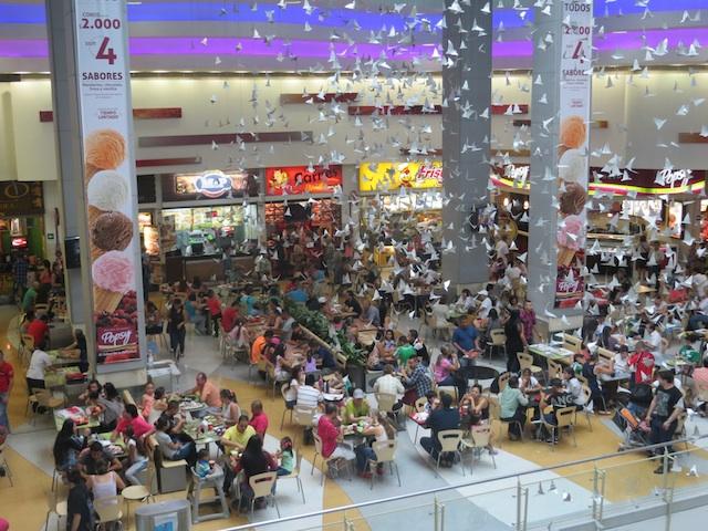 The second floor food court in Los Molinos