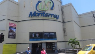 Shopping at Monterrey, Medellín's Technology Mall