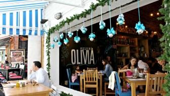 Pizzería Olivia: An Upscale Pizza Experience in Envigado